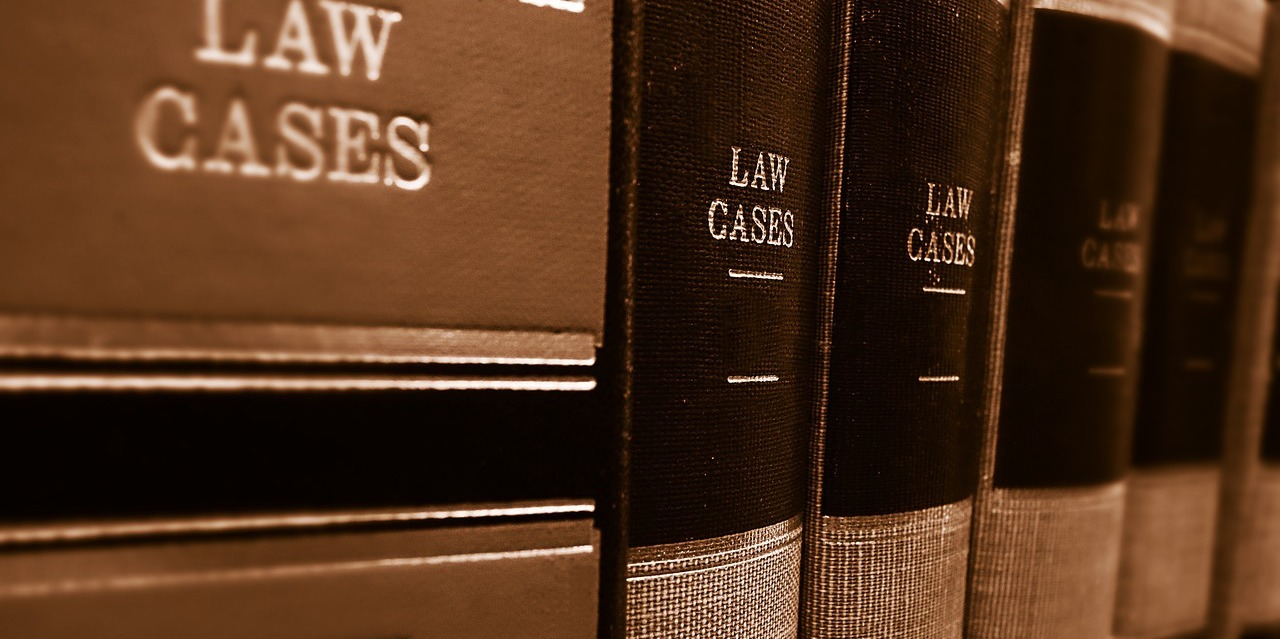 case-law-books-on-shelves